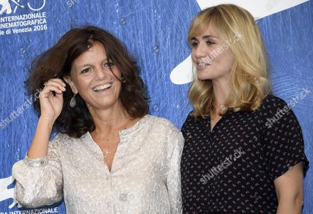 French Film Director and Screenwriter Katell Quillevere (r) and French Writer and Author of the Novel Maylis De Kerangal (l) Pose During a Photocall For 'Reparer Les Vivants' at the 73rd Annual Venice International Film Festival in Venice Italy 04 September 2016 the Festival Runs From 31 August to 10 September Italy Venice