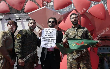 Western Foreign Fighters Against the Self-proclaimed Islamic State (is) Swedish Rafael Kardari (2-l) Us Joshua Bell (l) and Italian Karim Franceschi (r) Pose with a Kurdish Demonstrator As They Arrive For the Premiere of the Documentary 'Our War' at the 73rd Annual Venice International Film Festival in Venice Italy 09 September 2016 the Festival Runs From 31 August to 10 September Italy Venice
