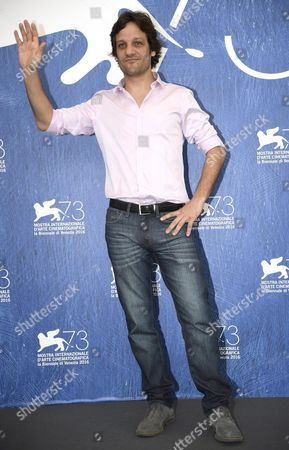 Argentinian Actor Rodrigo De La Serna Poses During a Photocall For 'Inseparables' During the 73rd Venice Film Festival in Venice Italy 05 September 2016 the Movie is Presented in the 'Cinema Nel Giardino' Section at the Festival Running From 31 August to 10 September Italy Venice