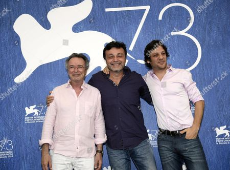 Stock Photo of (l-r) Argentinian Actor Oscar Martinez Argentinian Director Marcos Carnevale and Argentinian Actor Rodrigo De La Serna Pose During a Photocall For 'Inseparables' During the 73rd Venice Film Festival in Venice Italy 05 September 2016 the Movie is Presented in the 'Cinema Nel Giardino' Section at the Festival Running From 31 August to 10 September Italy Venice