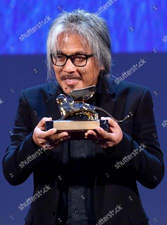 Filipino Film Maker Lav Diaz Holds the Golden Lion Award For His Movie 'Ang Babaeng Humayo' (the Woman who Left) During the Awarding Ceremony of the 73rd Annual Venice International Film Festival in Venice Italy 10 September 2016 the Festival Runs From 31 August to 10 September Italy Venice