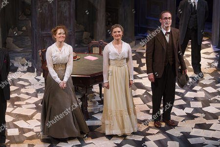 Clare Foster (Cecily), Amy Morgan (Gwendolen) and Peter McDonald (James Joyce) during the curtain call