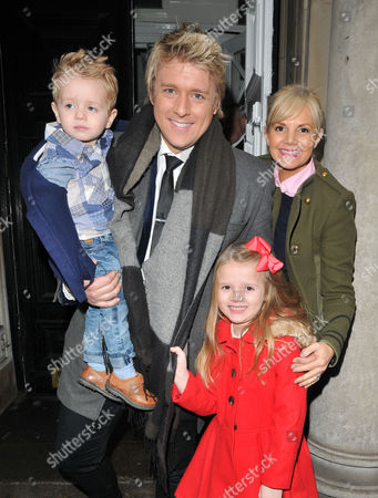 Stock Image of Jonathan Ansell, Debbie King and their kids Dexter Sol Ansell and Sienna Valentine Ansell