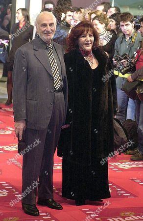 Madrid 31/01/04 - Argentinian Actor Hector Alterio (l) and His Wife Pose at Their Arriving to Spanish Cinema Academy Goya Awards at Madrid?s Congress Municipal Palace Late Saturday 31 Januar 2003 Alterio?s Going to Receive the Honour Award Efe/epa/paco Torrente Spain Madrid