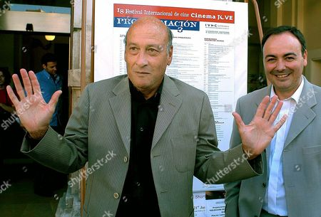 British Film Director Richard Lester (l) Gestures Next to Spaniard Rafael Maluenda (r) Director of the 'Cinema Jove' Film Festival Before a Press Conference in Valencia 19 June 2003 Prior to the Start of the 18th International Film Festival 'Cinema Jove' Epa Photo/efe/kai Foersterling Spain Valencia