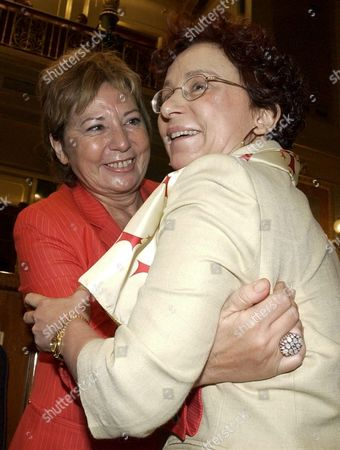 Stock Picture of Md22 - 20020715 - Madrid Spain : Newly Appointed Spanish Foreign Affairs Minister Ana Palacio (r) is Congratulated by Health Minister Celia Villalobos at the Start of the First Session of the State of the Nation Debate in the Spanish Parliament Madrid Monday 15 July 2002 i Epa Photo/efe/manuel H De Leon/gb Spain Madrid