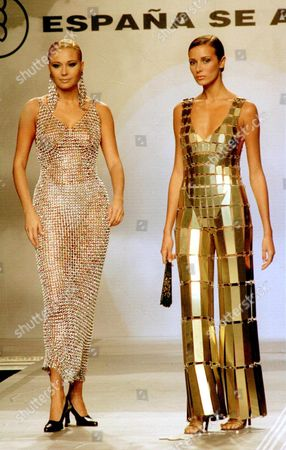 Efe03-19980726-lisbon Portugal: Two Top Spanish Models Juncal Rivero (l) and Veronica Blume Wear Creations of Paco Rabanne During the Fashion Show Held at Lisbon's Expo 98 World Exhibition to Conclude the the Celebration Marking National Day of Spain Late Saturday 25th Jul 1998 Epa Photo/efe/jose Huesca Portugal Lisbon