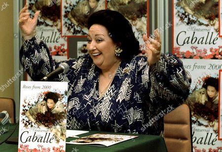 B01 - 20000609 - Barcelona Spain : Spanish Soprano Montserrat Caballe Gestures As She Present Her New Album 'Roses From 2000' on Friday 09 June 2000 in Barcelona (electronic Image) Epa Photo Efe/toni Garriga Spain Barcelona