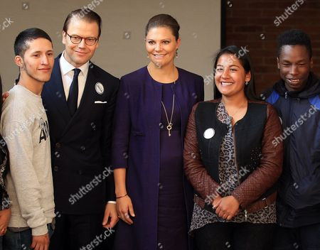 Crown Princess of Sweden Victoria (c) Seen with Her Husband Prince Daniel Westling (2-l) Pose with Young People Affected by the Colombian Armed Conflict During a Two-day Official Visit in Bogota Colombia 22 October 2015 the Princess Arrived in the Colombian Capital From the City of Cartagena During Her Official Three-day Visit to the Country with the Purpose to Strengthen Diplomatic Relations Between the Two Nations Which Began 140 Years Ago Colombia Bogota
