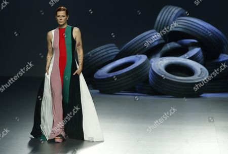 Spanish Model Bimba Bose Presents a Creation of the Spring-summer 2016 Collection by Spanish Designer David Delfin During the 62nd Mercedes Benz Fashion Week Madrid (mbfwm) in Madrid Spain 20 September 2015 the Mbfwm the Main Showcase For Fashion Design in Spain Runs From 18 to 22 September Spain Madrid