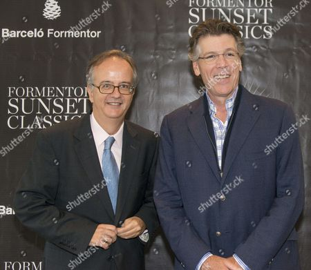 Us Baritone Thomas Hampson (r) and Barcelo Group's Chairman Simon Barcelo Pose During a Press Conference Held in Formentor in the Balearic Islands Spain 07 October 2015 Hampson Will Perform on 08 October at the Formentor Sunset Classics Musical Event Spain Formentor