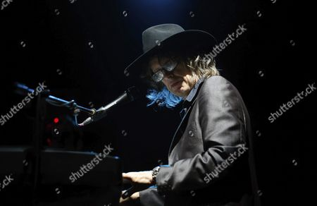 'The Waterboys' Leader Mike Scott Performs on Stage During Their Spanish Tour's Last Concert in Valencia Eastern Spain 24 September 2015 the British Band Introduced Their Last Album 'Modern Blues' Spain Valencia