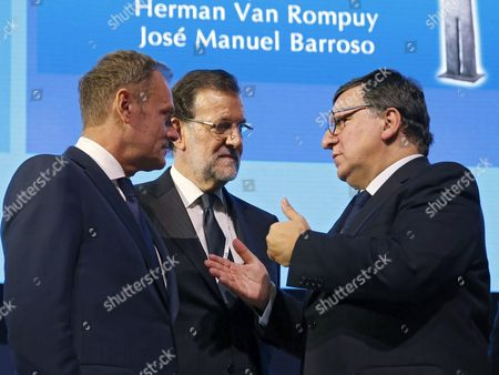 Spanish Prime Minister Mariano Rajoy (c) Chats with Former President of European Comission Jose Manuel Durao Barroso (r) and President of the European Council Donald Tusk (l) During the Session of the Congress of European People's Party Group Taking Place in Madrid Spain 21 October 2015 the Epp Group is Holding a Political Meeting in Madrid From 21 to 22 October to Discuss the Main Topics on the Eu Agenda Spain Madrid