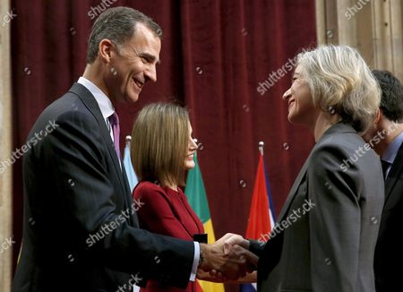 Spain's King Felipe Vi (l) and Queen Letizia (c) Welcome Us Researcher Jennifer Doudna Winner of the Princess of Asturias Award For Technical and Scientific Research 2015 During an Audience with the Laureates of the 2015 Princess of Asturias Awards at the Reconquista Hotel in Oviedo Asturias Spain 23 October 2015 the Royal Couple Will Chair the Princess of Asturias Awards Ceremony at the Campoamor Theater Later the Same Day Spain Oviedo