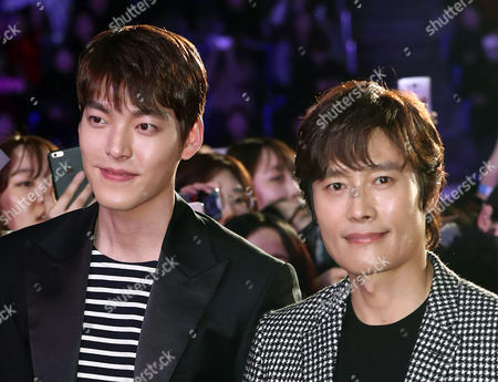 Photo Made Available 06 December 2016 Showing South Korean Actors Kim Woo-bin (l) and Lee Byung-hun (r) who Star in the New Movie 'Master' Posing For Photos with Fans at a Showcase of the Film in Seoul Korea 05 December 2016 Korea, Republic of Seoul