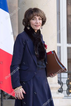French Minister for Social Affairs and Health Marisol Touraine leaves the Elysee Presidential Palace in Paris after a cabinet meeting