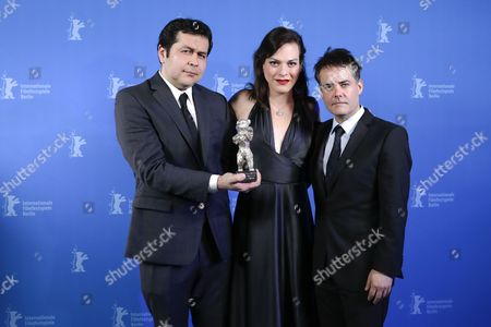 Sebastian Lelio (R), Daniela Vega and Gonzalo Maza (L) pose with the Silver Bear for Best Script for the movie 'Una Mujer Fantastica' during the closing and award ceremony of the 67th annual Berlin International Film Festival, in Berlin, Germany, 18 February 2017.  The Berlinale runs from 09 to 19 February.