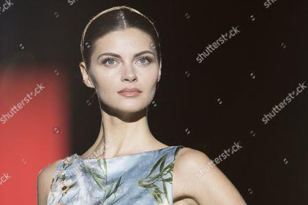 Anja Voskresenska on the catwalk
