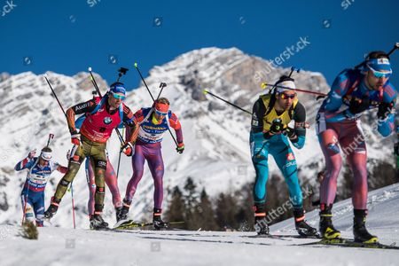 (L-R) Tarjei Boe of Norway, Simon Schempp of Germany, Lowell Bailey of the USA, Martin Fourcade of France and Anton Shipulin of Russian Federation in action during the Men's 15km Mass Start race at the IBU Biathlon World Championships in Hochfilzen, Austria, 19 February.