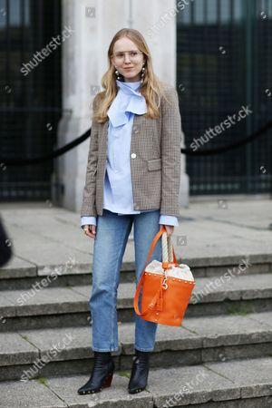 Editorial photo of Street Style, Day 3, Autumn Winter 2017, London Fashion Week, UK - 19 Feb 2017