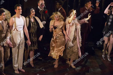 Simon Thomas (Black), Victoria Hamilton-Barritt (Kate), John Owen-Jones (Burrs), Frances Ruffelle (Queenie) and Donna McKechnie (Dolores) during the curtain call