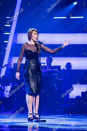 'The Voice UK' (Ep7) - Ruth Lockwood performs Toxic by Britney Spears.