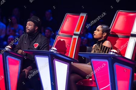 'The Voice UK' (Ep7) - Kit Rice performs. Jennifer Hudson and Gavin Rossdale turn. Kit chooses Jennifer Hudson as her coach.
