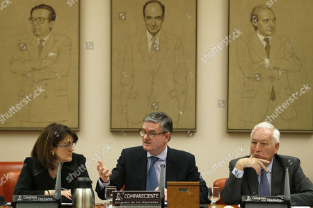 European Commissioner for Security, Julian King (C), apperars before the Joint Committee for the European Union and the Joint Committee of National Security, next to its presidents, Soraya Rodriguez (L) and Jose Manuel Garcia-Margallo (R), in Madrid, Spain, 21 February 2017.