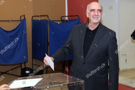 Candidate For the Presidency of New Democracy Party Vangelis Meimarakis Casts His Vote During the Leadership Elections in Athens Greece 10 January 2016 New Democracy Supporters Were Voting in the Final Round of the Partys Leadership Election On Sunday Vangelis Meimarakis Faces Off Against Kyriakos Mitsotakis For New Democracys Presidency