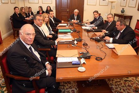Greek President Prokopis Pavlopoulos (4-r) Prime Minister's Alexis Tsipras (4-l) Leaders of the Parlaimentary Parties Kyriakos Mitsotakis (3-r) From New Democracy Fofi Gennimata (3-l) From Pasok Stavros Theodorakis (2-l) From to Potami Vassilis Leventis (l) From Enossi Kentroon Panos Kamenos (r) From Anel and Dimitris Koutsoubas (2-r) From Kke at the Political Meeting Chaired by the Greek President After the Prime Minister's Request to Inform the Parties of the Opposition On the Latest Developments and the Governments Position On the Thorny Issue of the Migration Flow in Athens Greece 04 March 2016