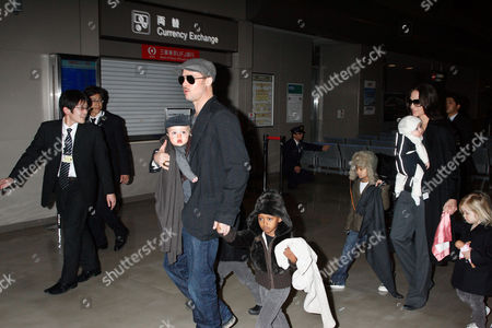 Editorial picture of Brad Pitt and Angelina Jolie with family arriving at Narita International airport, Chiba, Japan - 27 Jan 2009