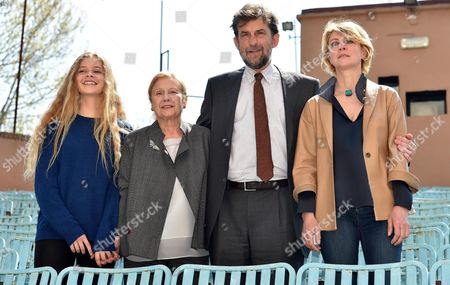 From (l-r): Italian Actresses/cast Members Beatrice Mancini Giulia Lazzarini Italian Actor-director Nanni Moretti and Italian Actress/cast Member Margherita Buy Pose During the Photocall For 'Mia Madre' (my Mother) in Rome Italy 13 April 2015