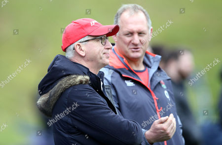 Alan Pardew (L) watches England Training with Richard Hill