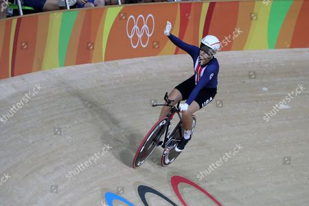 Sarah Hammer of the Usa Competes During the Women's Omnium Individual Pursuit 2\6 of the Rio 2016 Olympic Games Track Cycling Events at the Rio Olympic Velodrome in the Olympic Park in Rio De Janeiro Brazil 15 August 2016 Brazil Rio De Janeiro