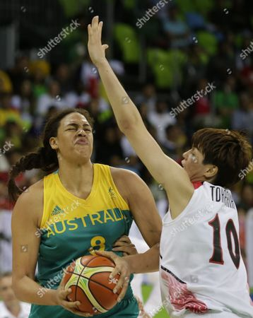 Elizabeth Cambage (l) of Australia in Action Against Ramu Tokashiki of Japan During the Women's Preliminary Round Group a Match Between Japan and Australia For the Rio 2016 Olympic Games Basketball Tournament at the Youth Arena in Deodoro Rio De Janeiro Brazil 11 August 2016 Brazil Rio De Janeiro