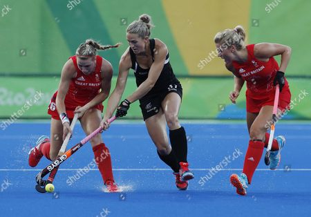 Great Britain's Lily Owsley (l) and Georgie Twigg (r) with New Zealand's Stacey Michelsen (c) During Their Rio 2016 Olympic Games Women's Semifinal at the Olympic Hockey Centre in Rio De Janeiro Brazil 17 August 2016 Brazil Rio De Janeiro