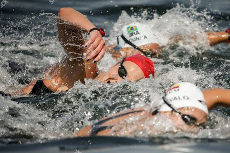 Keri-anne Payne of Great Britain During the Rio 2016 Olympic Games Women's 10km Marathon Swimming at Fort Copacabana in Rio De Janeiro Brazil 15 August 2016 Brazil Rio De Janeiro