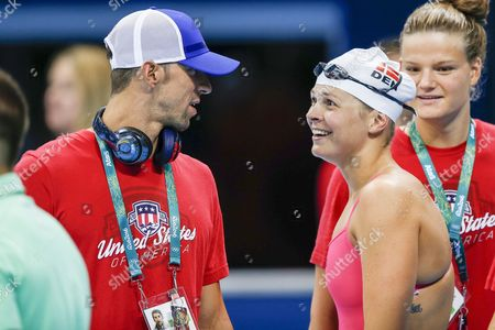 Michael Phelps (l) of the Usa Talks to Lotte Friis of Denmark As He Visits For the First Time the Pool of the Olympic Aquatics Stadium at the Olympic Park in Rio De Janeiro Brazil 02 August 2016 Brazil Rio De Janeiro