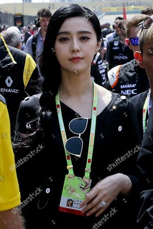 Chinese Actress and Pop Singer Fan Bing Bing Walks on the Track Before the Start of the Chinese Formula One Grand Prix at the Shanghai International Circuit in Shanghai China 17 April 2016 Fan Bing Bing is a Spokeswoman For the New Chinese Produced Renault Suv Kadjar According to Reports From Local Media China Shanghai
