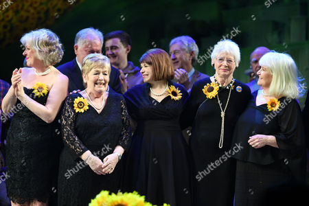 Claire Moore, Ros Fawcett, Debbie Chazen, Beryl Bamforth and Michele Dotrice