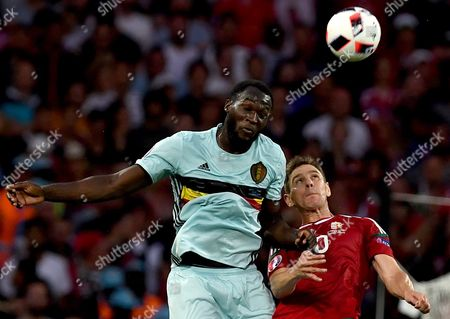 Romelu Lukaku of Belgium (l) and Zoltan Gera of Hungary in Action During the Uefa Euro 2016 Round of 16 Match Between Hungary and Belgium at Stade Municipal in Toulouse France 26 June 2016 (restrictions Apply: For Editorial News Reporting Purposes Only not Used For Commercial Or Marketing Purposes Without Prior Written Approval of Uefa Images Must Appear As Still Images and Must not Emulate Match Action Video Footage Photographs Published in Online Publications (whether Via the Internet Or Otherwise) Shall Have an Interval of at Least 20 Seconds Between the Posting ) France Toulouse