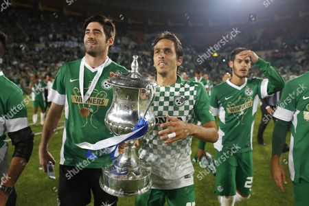 Yossi Benayoun of Maccabi Haifa Holding the Cup After Winning Against Maccabi Tel Aviv During the State Cup Final at Teddy Stadium in Jerusalem Israel 24 May 2016 Israel Jerusalem