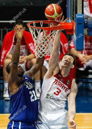Omer Asik (r) of Turkey in Action Against Andray Blatche (l) of the Philippines During a Friendly Basketball Game Between the Philippines and Turkey in Pasay City South of Manila Philippines 01 July 2016 the Game is the Last Preparation Game Before the 2016 Fiba Olympic Qualifying Tournament Which Runs From 05 to 10 July 2016 Philippines Manila