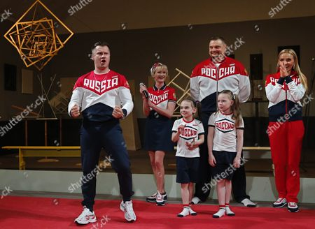 Russian Former Gymnasts Alexei Nemov (l) Svetlana Khorkina (2-l) Head Coach of Men's Volleyball Team Vladimir Alekno (2-r) Former Figure Skater Tatyana Navka (r) Attend a Ceremony to Present the Rio 2016 Olympic Games Uniform of Team Russia in Moscow Russia 25 April 2016 Russian Federation Moscow