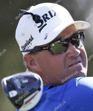 Peter Hanson of Sweden Tees Off During the First Round of the Omega Dubai Desert Classic 2016 Golf Tournament at Emirates Golf Club in Dubai United Arab Emirates 04 February 2016 United Arab Emirates Dubai