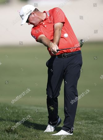 Peter Hanson of Sweden Plays a Shot During the Second Round of the Omega Dubai Desert Classic 2016 Golf Tournament at Emirates Golf Club in Dubai United Arab Emirates 05 February 2016 United Arab Emirates Dubai