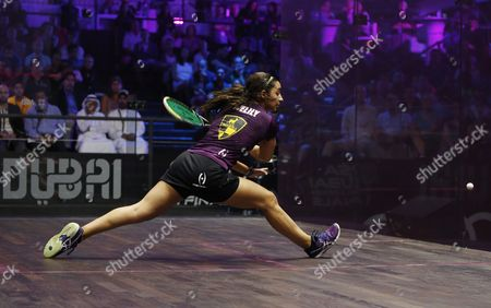 Raneem El-welily of Egypt in Action Against Nicol David of Malaysia During Their Women's Singles Semi Final Match at the Professional Squash Association (psa) World Series Finals in Dubai United Arab Emirates 27 May 2016 United Arab Emirates Dubai