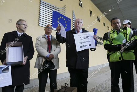 Group of Employees of the European Institutions with a Petition of 151 000 Signatures Called #ethics4eu in Front of the Eu Commission Headquarters in Brussels Belgium 12 October 2016 the Petition is Calling For a Suspension of Pension Rights to Former European Commission President Jose Manuel Barroso For Taking a Job at Us Bank Goldman Sachs As Advisor and Non-executive Chairman of Its International Business Belgium Brussels