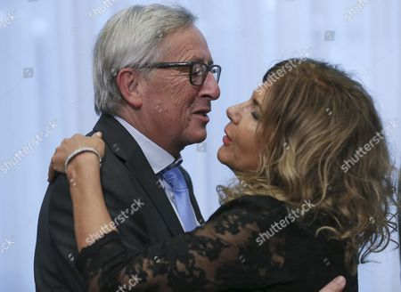 European Commission President Jean-claude Juncker (l) and Italian President of Businesseurope Emma Marcegaglia at the Start of a Tripartite Social Summit a Day Before the Autumn European Heads of State Summit in Brussels Belgium 19 October 2016 the Guiding Theme of This Social Summit is 'Addressing Europe's Common Challenges: Generating Growth Creating Jobs and Ensuring Fairness' It Will Review the Annual Growth Survey 2017 the Key Role of the Social Partners and the Integration of Refugees Into the Labour Market Belgium Brussels
