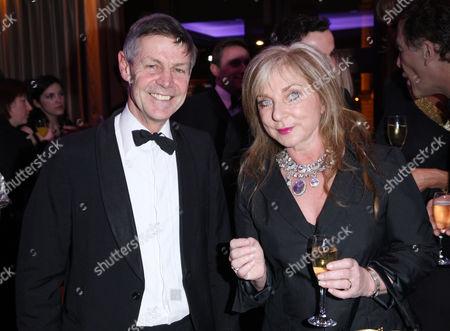 Matthew Parris and Helen Lederer